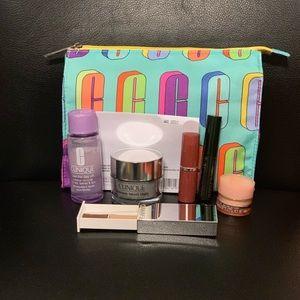Clinique 6 Piece Cosmetic Bag